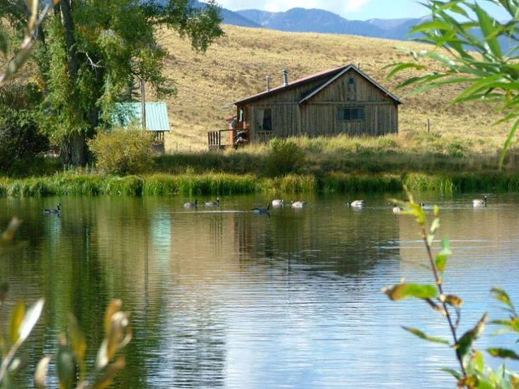 Lake Cabin Photos